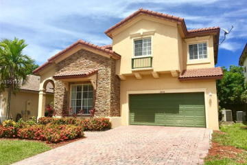 Home for Sale at 22517 SW 94 Path, Cutler Bay FL 33190