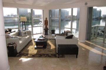 Home for Rent at 900 Bay Dr #202, Miami Beach FL 33141