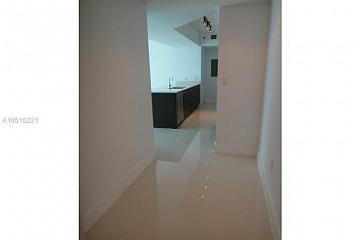 Home for Sale at 500 Brickell Ave #2305, Miami FL 33131