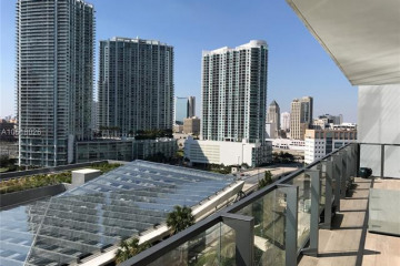 Home for Rent at 68 SE 6 #1004, Miami FL 33131
