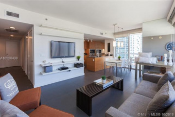 Home for Sale at 485 Brickell Av #1704, Miami FL 33131