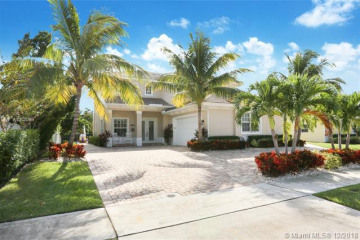 Home for Sale at 624 Inlet Rd, North Palm Beach FL 33408