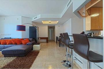 Home for Sale at 801 Brickell Key Bl #2009, Miami FL 33131