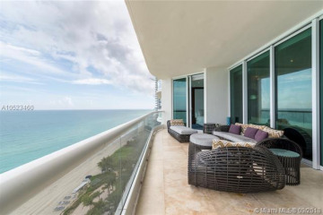 Home for Rent at 16051 Collins Ave #1403, Sunny Isles Beach FL 33160