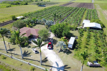 Home for Sale at 1802 Baker Hwy, Other City - In The State FL 33471