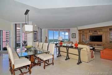 Home for Sale at 60 Edgewater Dr #11F, Coral Gables FL 33133