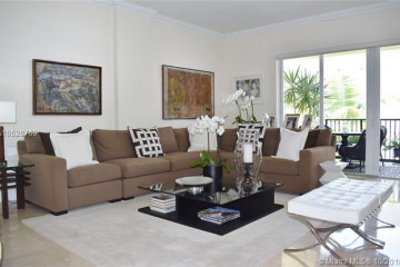 Home for Rent at 642 Valencia Ave #206, Coral Gables FL 33134