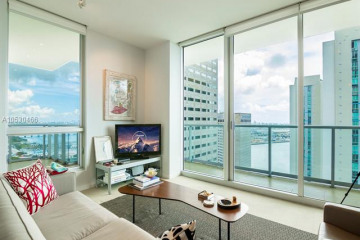 Home for Rent at 300 S Biscayne Blvd #T-3116, Miami FL 33131