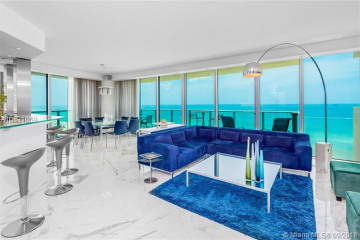 Home for Sale at 1455 Ocean Dr #1509, Miami Beach FL 33139