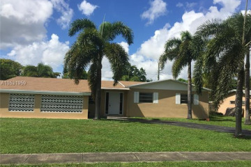 Home for Sale at 4723 NW 4th St, Plantation FL 33317