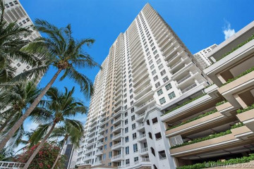 Home for Sale at 801 Brickell Key Blvd #1009, Miami FL 33131