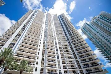 Home for Sale at 901 Brickell Key Blvd #1104, Miami FL 33131