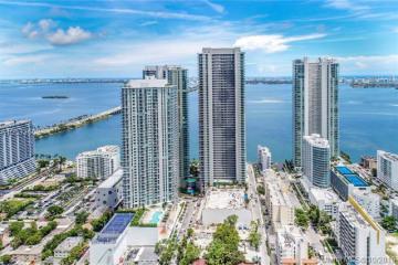 Home for Sale at 650 NE 32 Street #PH#5302, Miami FL 33137