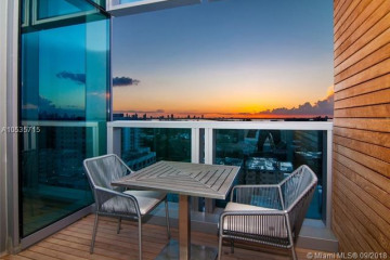 Home for Sale at 2901 Collins Ave #1403, Miami FL 33140