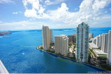 Home for Sale at 325 S Biscayne Blvd #2126, Miami FL 33131