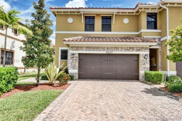 Home for Sale at 8440 Blue Cove Way, Parkland FL 33076