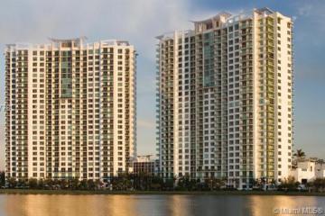 Home for Sale at 2641 N Flamingo Rd #1106N, Sunrise FL 33323