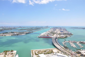 Home for Sale at 888 Biscayne Blvd #5507, Miami FL 33132