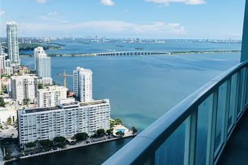 Home for Sale at 1900 N Bayshore Dr #4208, Miami FL 33132