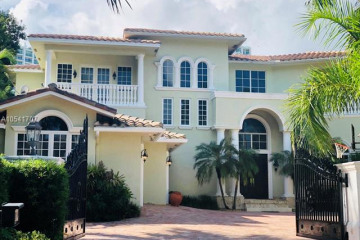 Home for Sale at 236 S Island Is, Golden Beach FL 33160