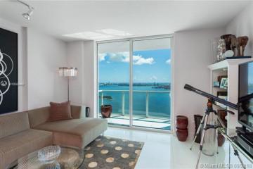 Home for Sale at 1900 N Bayshore Dr #4202, Miami FL 33132