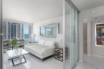 Home for Sale at 400 S Pointe Dr #1510, Miami Beach FL 33139