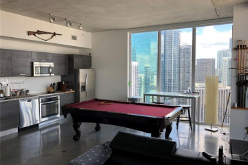 Home for Sale at 151 SE 1st St #3111, Miami FL 33131