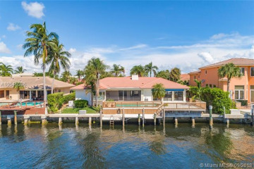 Home for Sale at 884 NE Mulberry Dr, Boca Raton FL 33487