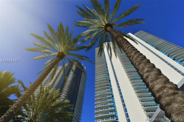 Home for Sale at 17121 Collins Ave #4403, Sunny Isles Beach FL 33160