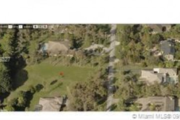 Home for Sale at 5975 NW 74th Terrace, Parkland FL 33067