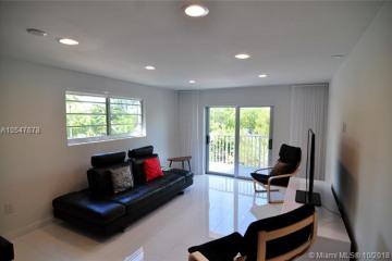 Home for Sale at 301 Michigan Ave, Miami Beach FL 33139