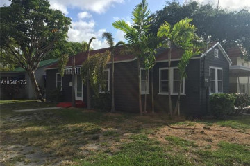 Home for Sale at 47 SE 1st Ave, Dania Beach FL 33004