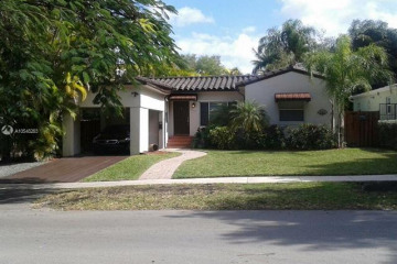 Home for Sale at 2701 SW 17th Ave, Coconut Grove FL 33133