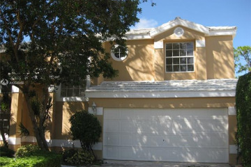 Home for Sale at 9197 SE Woods End Pl, Tequesta FL 33469