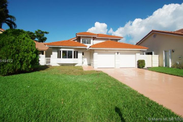 Home for Sale at 18146 NW 61st Pl, Hialeah FL 33015