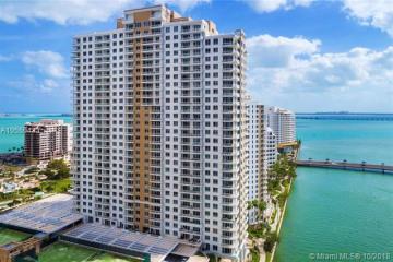 Home for Sale at 801 Brickell Key Blvd #3104, Miami FL 33131