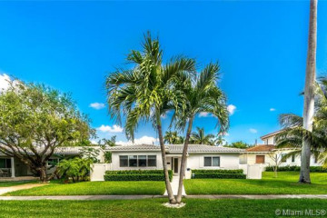 Home for Sale at 1339 Madison St, Hollywood FL 33019