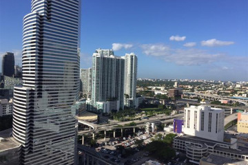 Home for Sale at 151 SE 1st St #2509, Miami FL 33131