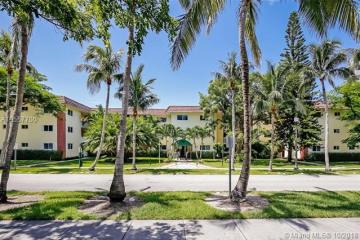 Home for Rent at 200 Galen Dr #104, Key Biscayne FL 33149