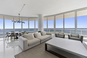 Home for Sale at 100 S Pointe Dr #1506, Miami Beach FL 33139