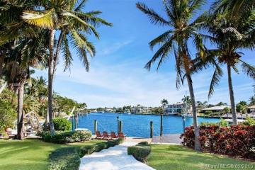 Home for Sale at 645 Solano Prado, Coral Gables FL 33156
