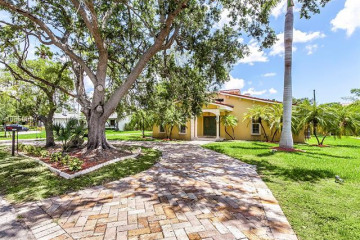 Home for Rent at 14615 Snapper Dr, Coral Gables FL 33158