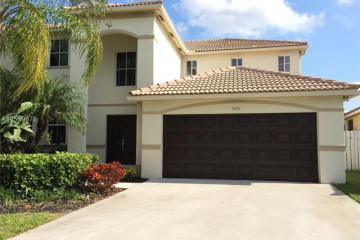 Home for Rent at 1570 Elm Grove Rd, Weston FL 33327