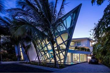 Home for Sale at 480 Ocean Blvd, Golden Beach FL 33160