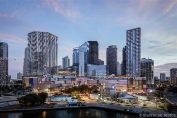 Home for Sale at 68 SE 6 St #3804, Miami FL 33130