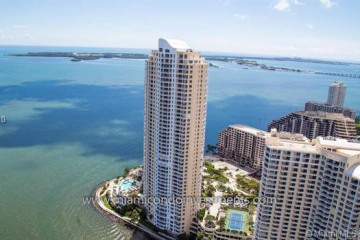 Home for Sale at 848 Brickell Key Dr. #4406, Miami FL 33131