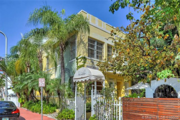 Home for Sale at 1415 Collins Ave, Miami Beach FL 33139
