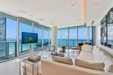Home for Sale at 17001 Collins Ave #3108, Sunny Isles Beach FL 33160
