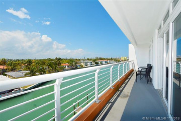 Home for Rent at 7700 Tatum Waterway Dr #403, Miami FL 33141
