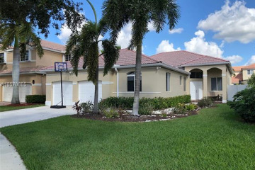Home for Rent at 1290 Camellia Ln, Weston FL 33326
